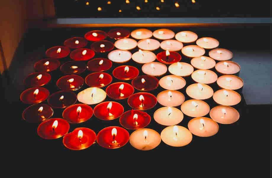 come-si-conosce-il-proprio-karma-candele-tao